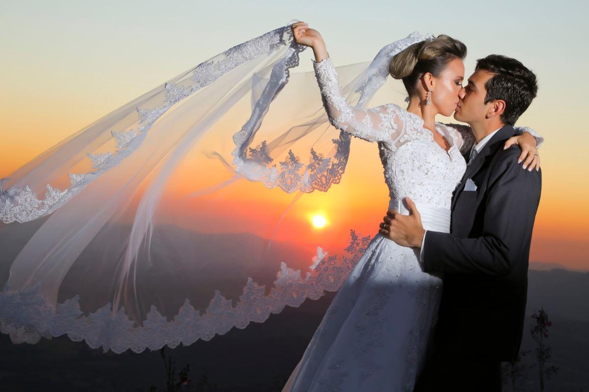sabrina, tiago, casamento, jardim das macaubas, funilandia, casamento ao ar livre, wedding, leo drummond, topo do mundo, por do sol