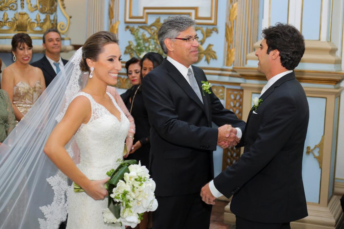 casamento em sete lagoas, salao do du, entrada da noiva, ana carolina, casamento, wedding, sete lagoas, leo drummond, igreja, santo antonio
