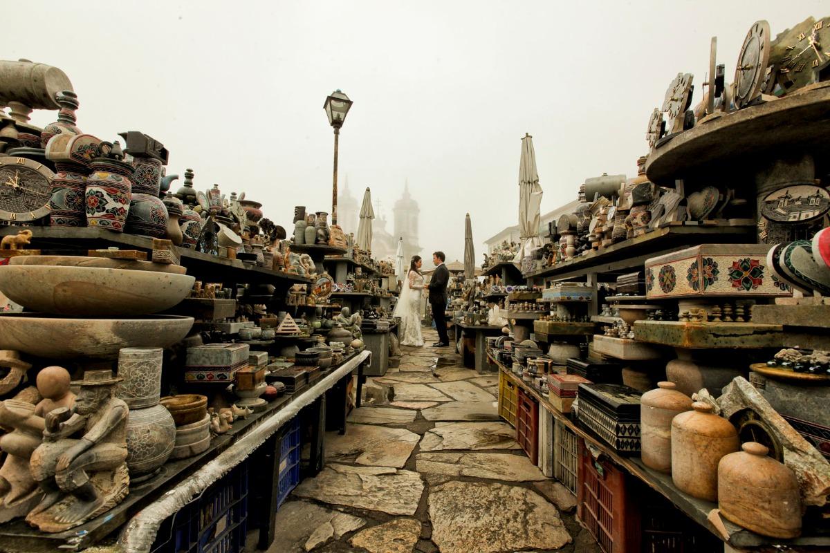 mercado, ouro preto, cidade histórica, pos wedding, pós casamento, christiane, fernando, produção, leo drummond