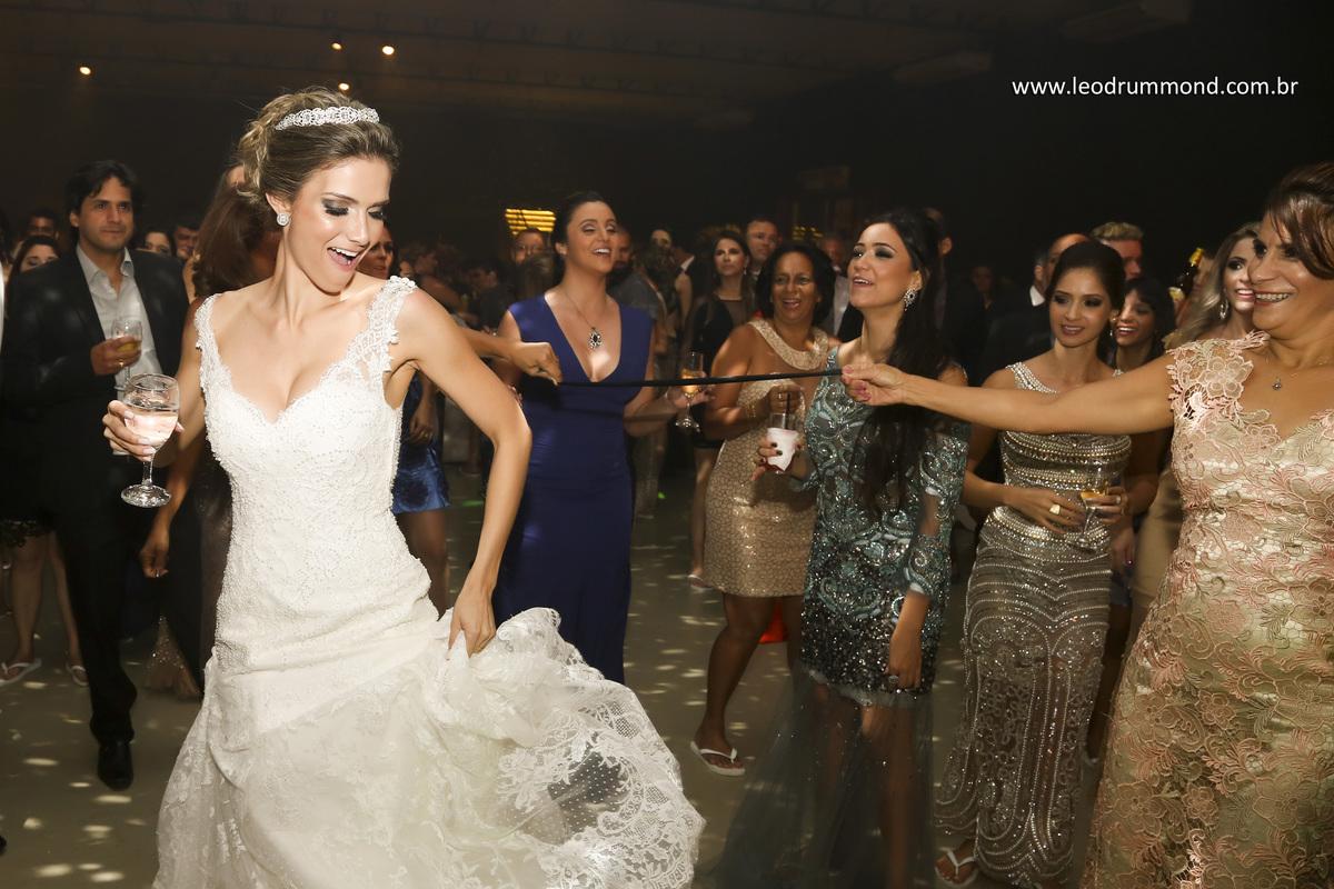 dança da noiva, carolina