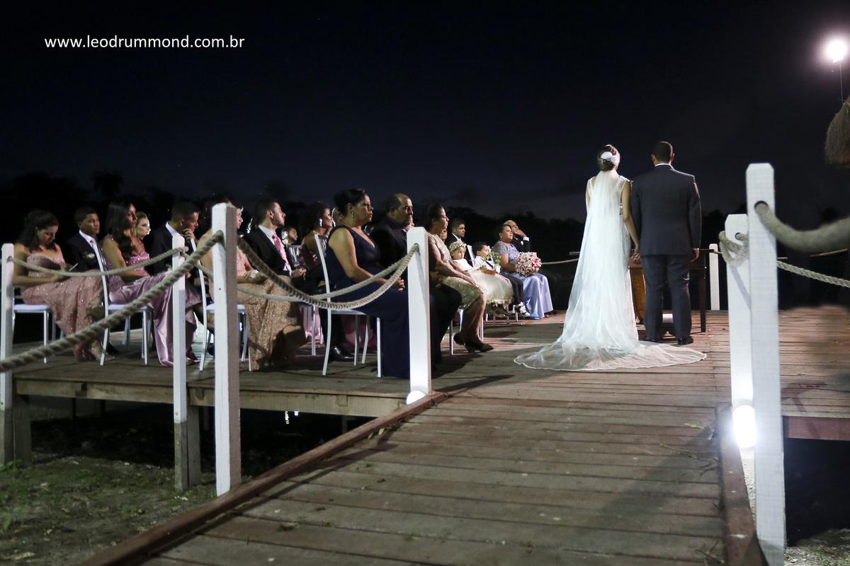 casamento no pier da Pousada JB em Inhaúma