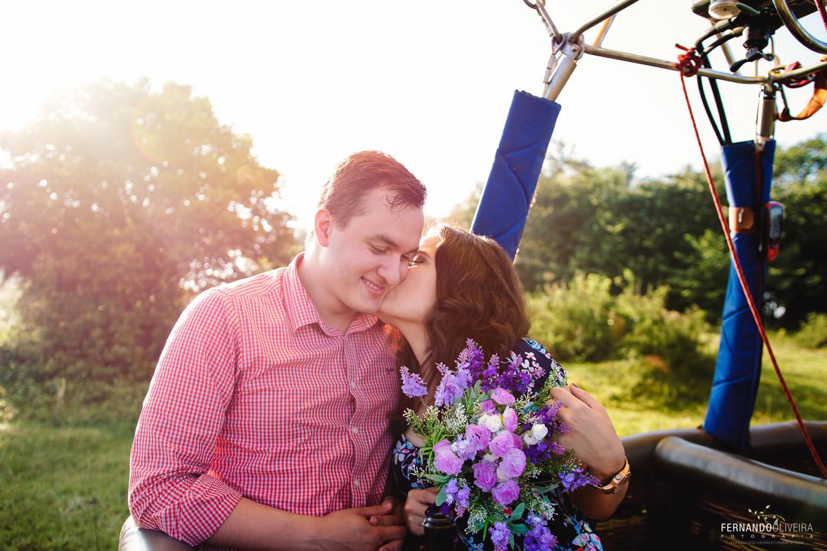 pre-wedding-sessao-casal-casamento-sp-fotografo-inspiracao-balao-holambrapre-wedding-sessao-casal-casamento-sp-fotografo-inspiracao-balao-holambra