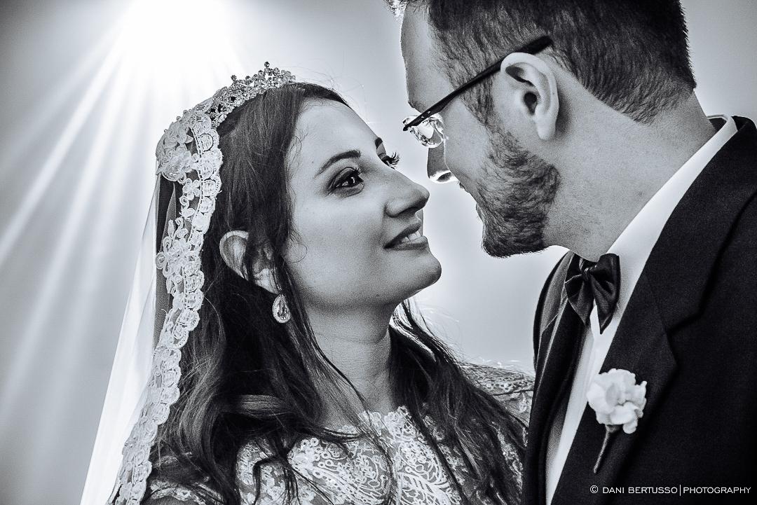 Casamento - Wedding - Destination wedding - Fotografia de Casamento - Fotógrafa de Casamentos em SP - Dani Bertusso - Igreja São José do Jardim Europa - Buffet Torres São Paulo