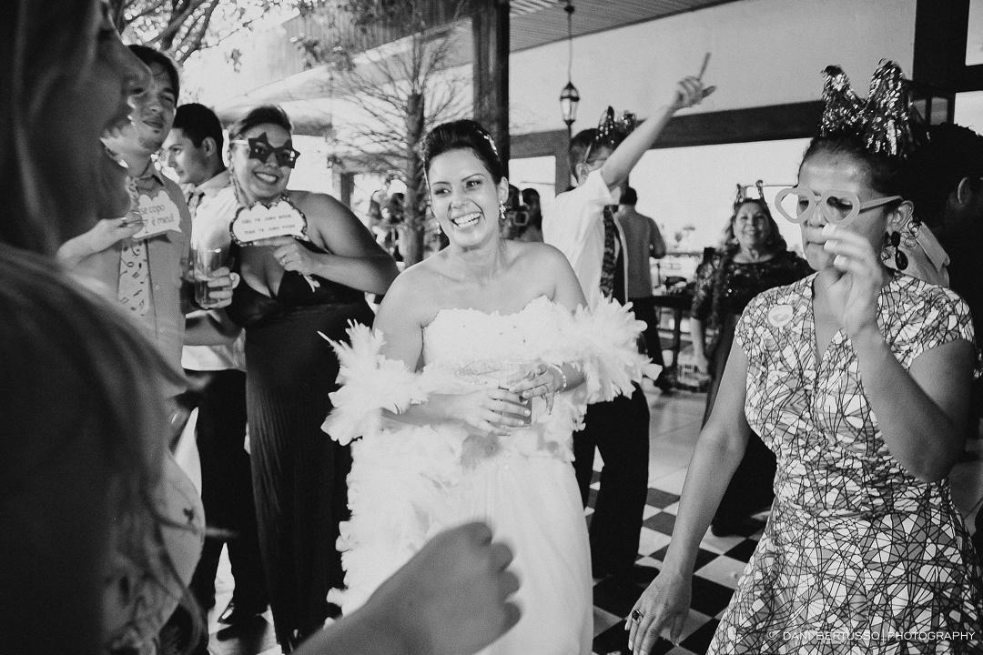 Casamento - Wedding day - Destination wedding - Fotografia de Casamento - Fotógrafa de Casamentos em SP - Dani Bertusso - Igreja Aldeia da Serra - Espaço La Foret