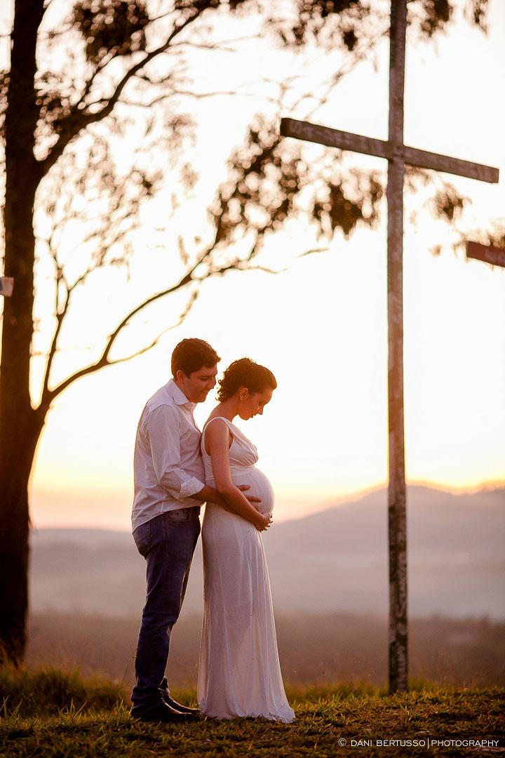 Ensaio fotográfico Gestante – Fotografia de grávidas - Fotografia de Casamento - Sessão de fotos no campo - Fotógrafa de Casamentos e Família em SP - Dani Bertusso - Pirapora do Bom Jesus