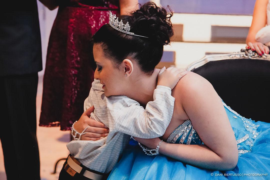 Fotografia Debutante - Festa de 15 Anos a fantasia – Fotografia de 15 Anos - Fotografia de Casamento - Fotógrafa de Casamentos e Família em SP - Dani Bertusso - Espaço Rafima - Osasco