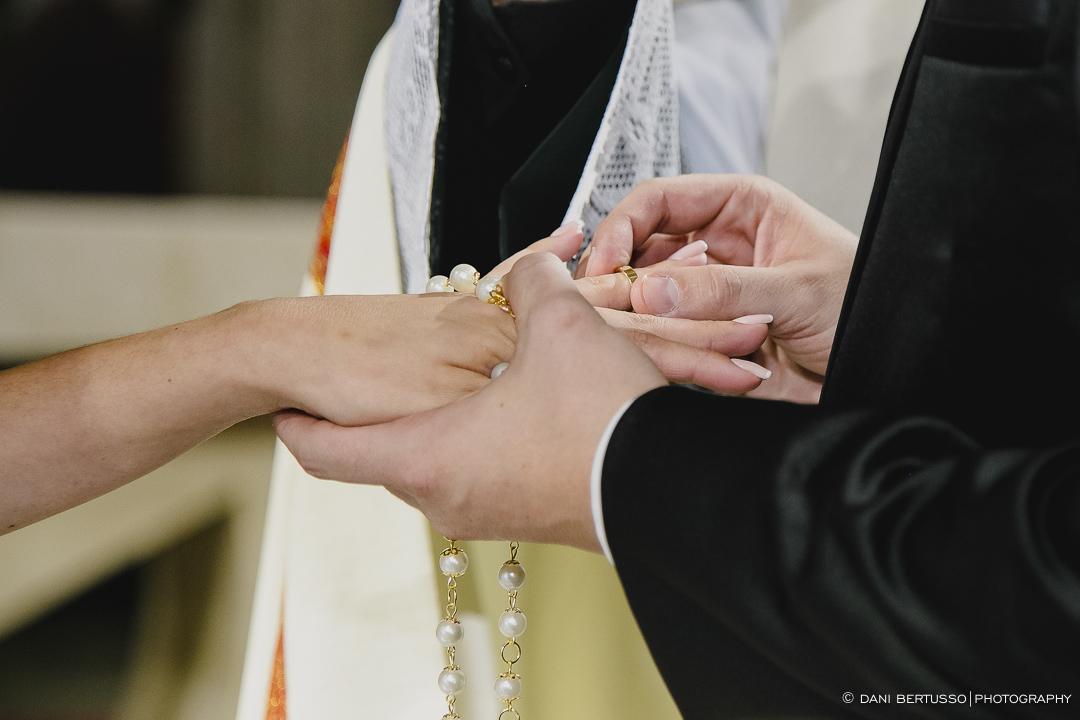 Wedding - Destination wedding - Fotografia de Casamento - Fotógrafa de Casamentos SP - Dani Bertusso - Igreja Nossa Senhora do Carmo Santo André - Buffet Evento Perfeito Mansão Viermont São Paulo