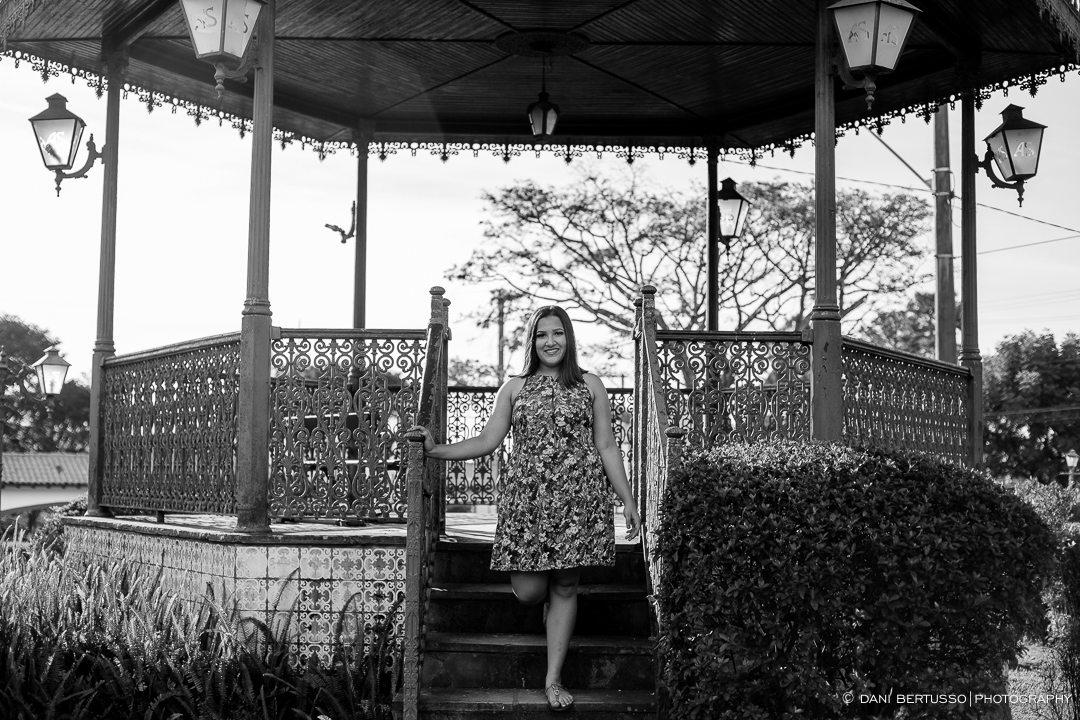 Ensaio fotográfico Feminino – Debutante - Fotografia de 15 Anos - Editorial de Moda - Sessão de fotos - Fotógrafa de Casamentos e Família em SP - Dani Bertusso - Aldeia da Serra