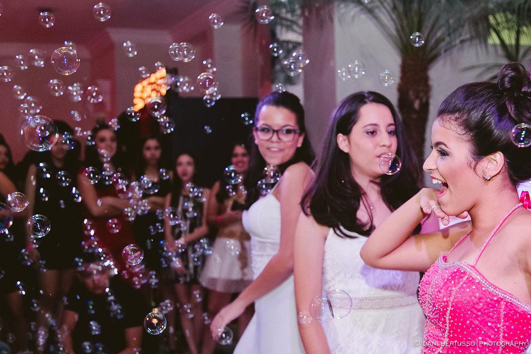 Fotografia Debutante - Festa a fantasia – Fotografia de 15 Anos - Fotografia de Casamento - Fotógrafa de Casamentos e Família SP - Dani Bertusso - Espaço Oscar Freire - Buffet Morenos São Paulo