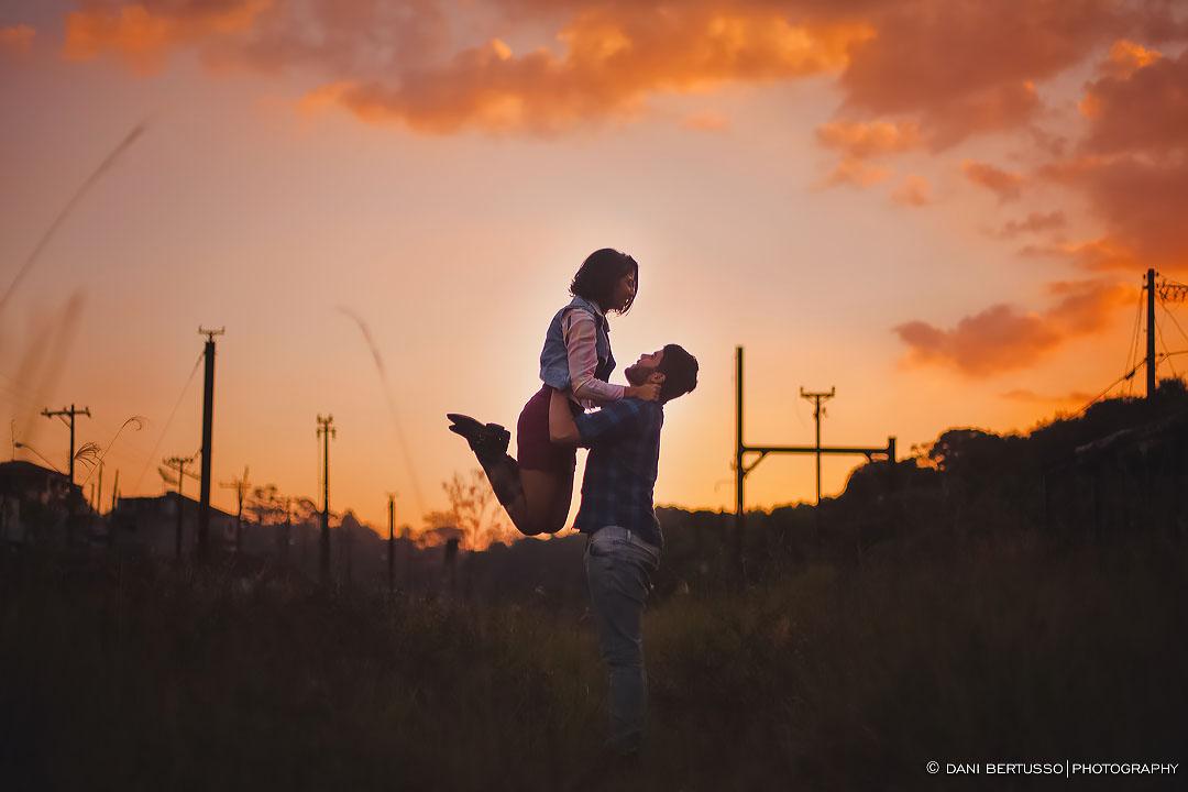 Ensaio fotográfico - Pre wedding - Destination wedding - Fotografia de Casamento - Sessão de fotos no Campo - Fotógrafa de Casamentos em SP - Dani Bertusso
