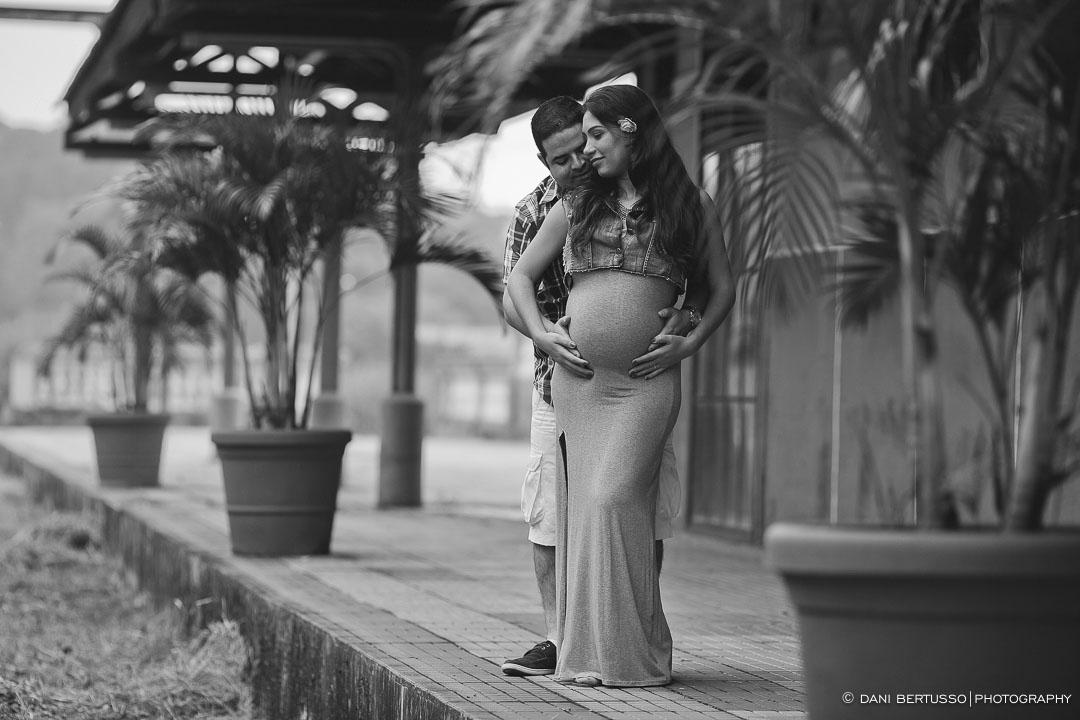 Ensaio fotográfico Gestante – Fotografia de grávidas - Fotografia de Casamento - Sessão de fotos no campo - Fotógrafa de Casamentos e Família em SP - Dani Bertusso - São Roque