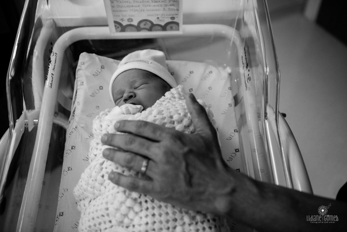 fotografia de parto, fotografia de nascimento, fotógrafa de nascimento, fotógrafa de nascimento, fotos de parto, nascimento em niterói, fotos na maternidade