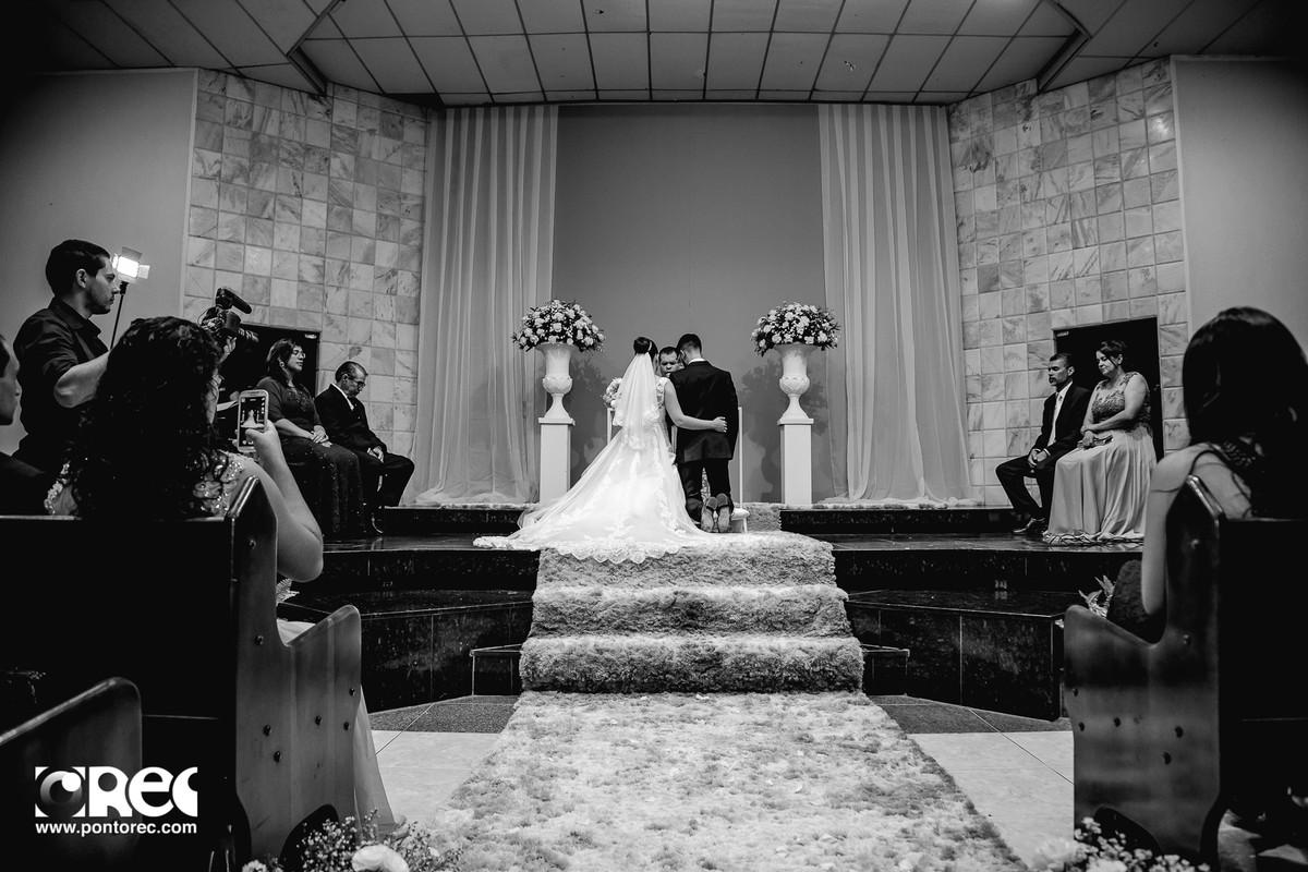 casamento goiania, fotografo de casamento em goiania, fotos de casamento, lorena e danilo, casamento lorena e danilo, ponto rec, foto de casamento goiania, gyn, make noiva, make, bride, casamentos, video casamento, vestido noiva, emocao no casamento, film
