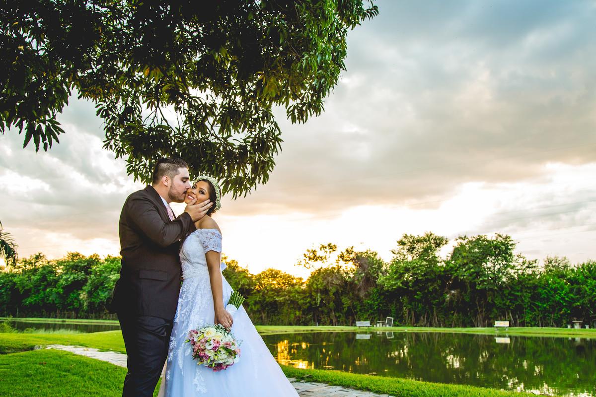 make noiva, fotografo de casamento campo grande ms, decoração casamento campo grande, casamento de dia, casamento ar livre, chacara bonança, vestido de noiva, ensaio noivos