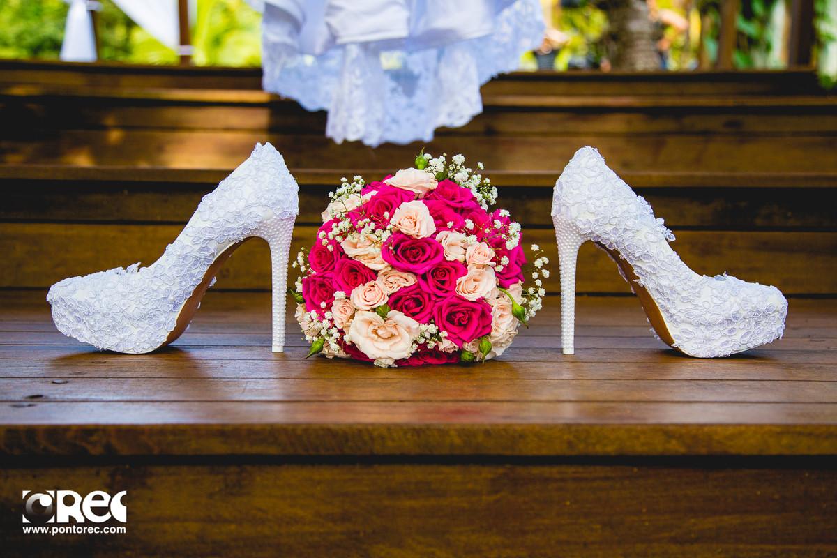 make, noiva, agenda de noiva, vestido da noiva, sapato de noiva, buque de noiva, makeup, making of, casamento campo grande ms, fotografia de casamento campo grande ms, sapato da noiva