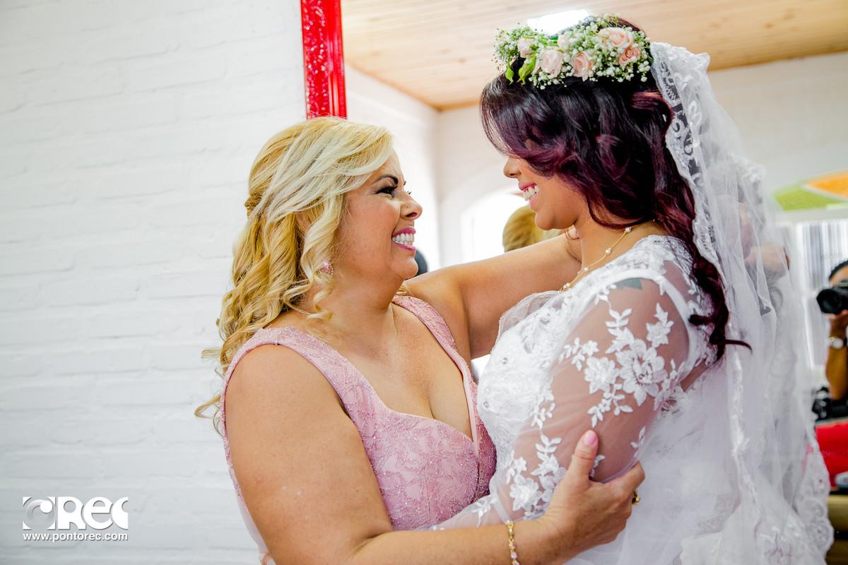 make, noiva, agenda de noiva, vestido da noiva, sapato de noiva, buque de noiva, makeup, making of, casamento campo grande ms, fotografia de casamento campo grande ms, mae da noiva