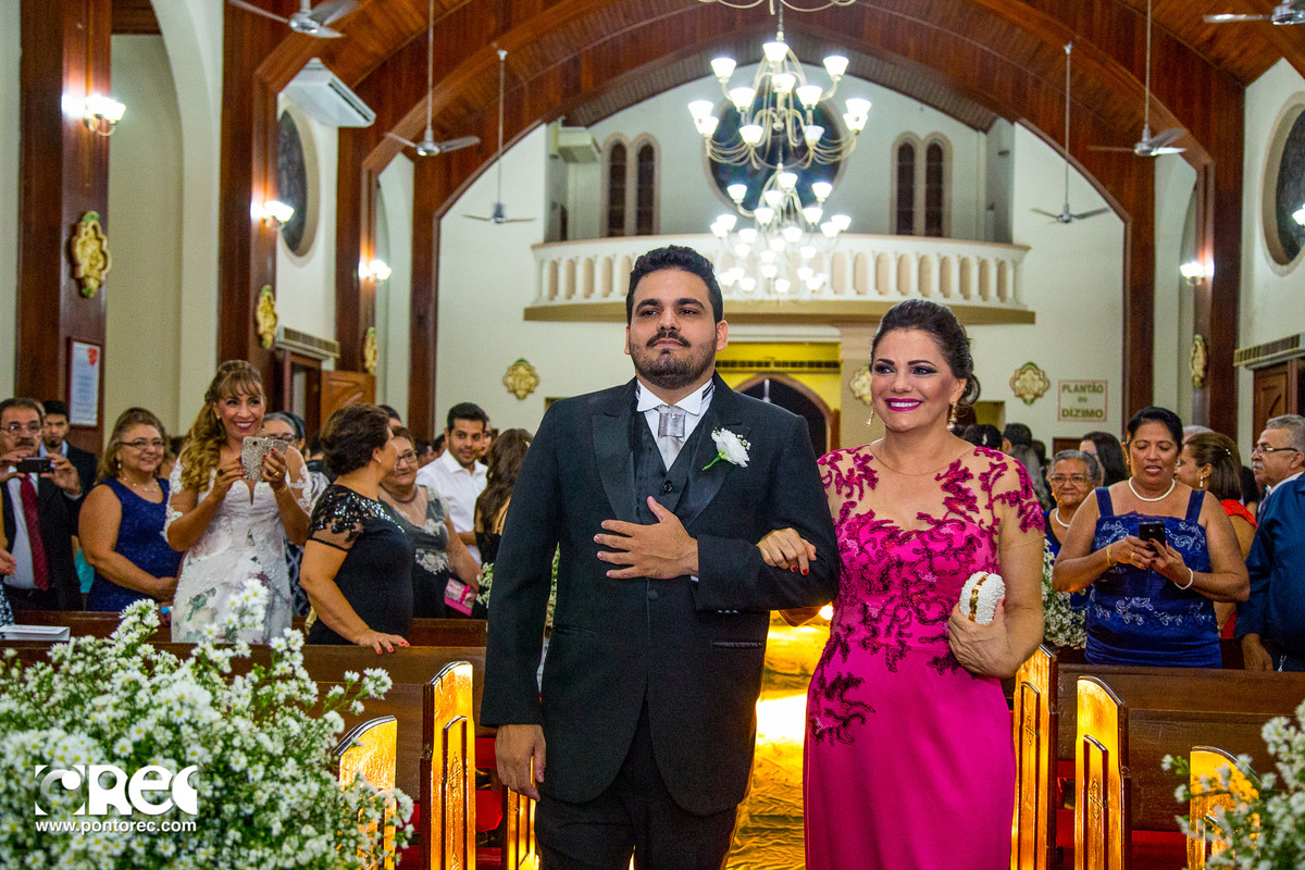 casamento igreja, entrada do noivo