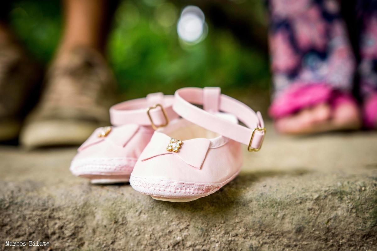 marcos bilate ensaio gestante parque lage rio de janeiro rj detalhe sapatinho pés casal bebê