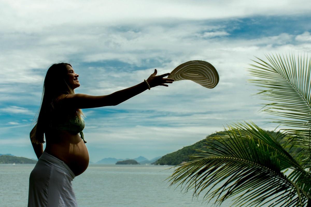 marcos bilate ensaio gestante Stanley e Marcele Clara praia ilha angra dos reis casal chapel