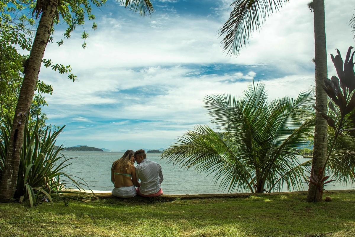 marcos bilate ensaio gestante Stanley e Marcele Clara praia ilha angra dos reis casal