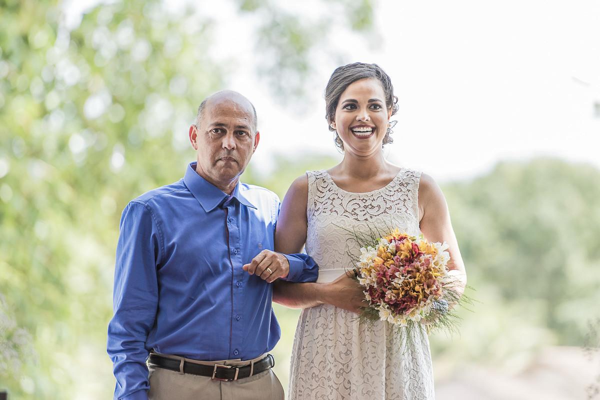 marcos bilate mangaratiba itaboraí rio de janeiro niterói casamento buque fotógrafo entrada noiva pai igrejinha campo fazenda sorriso emoção emocionante