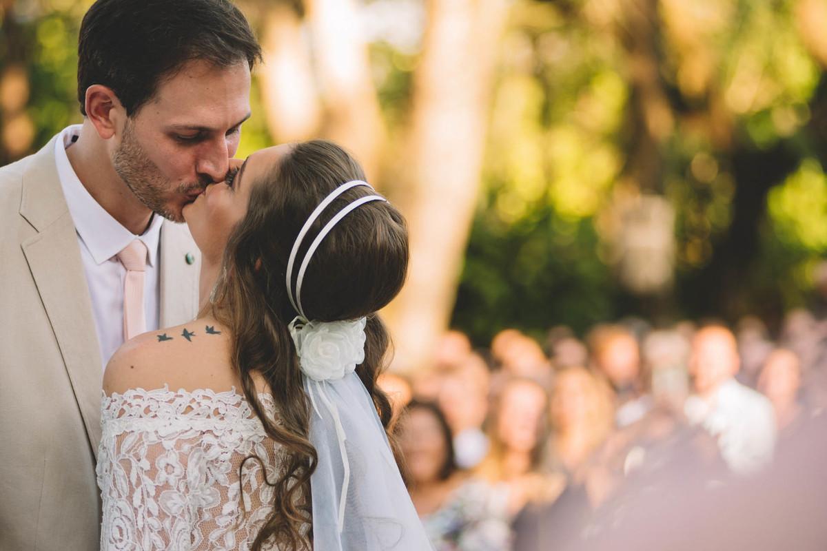 Casamento Lívia e Fernando, Campinas - SP, Quinta das Bromélias, o beijo