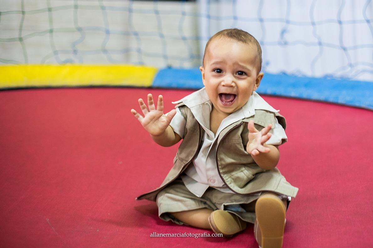fotos infantil no pula-pula
