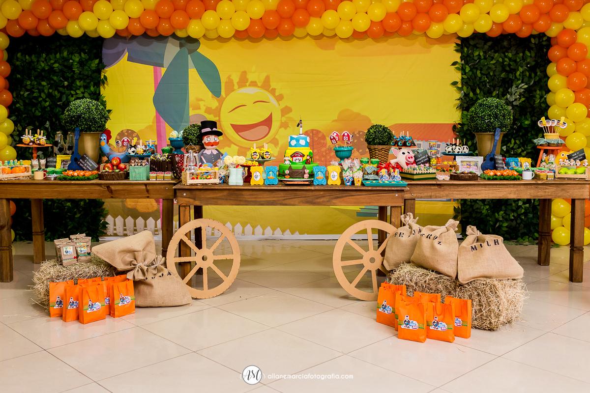 mesa do Bita para festa infantil