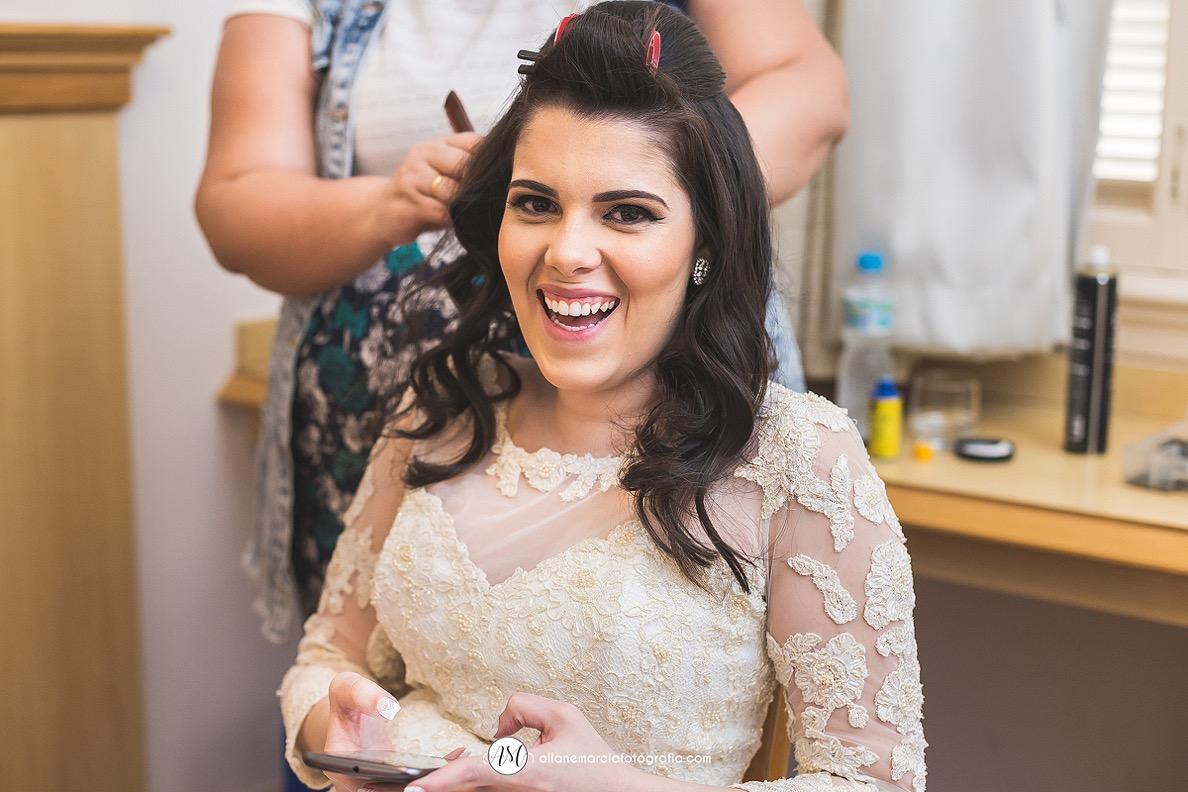 Noiva fazendo o cabelo