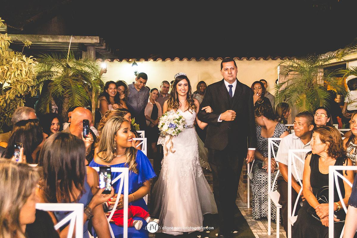 entrada de noiva emocionante