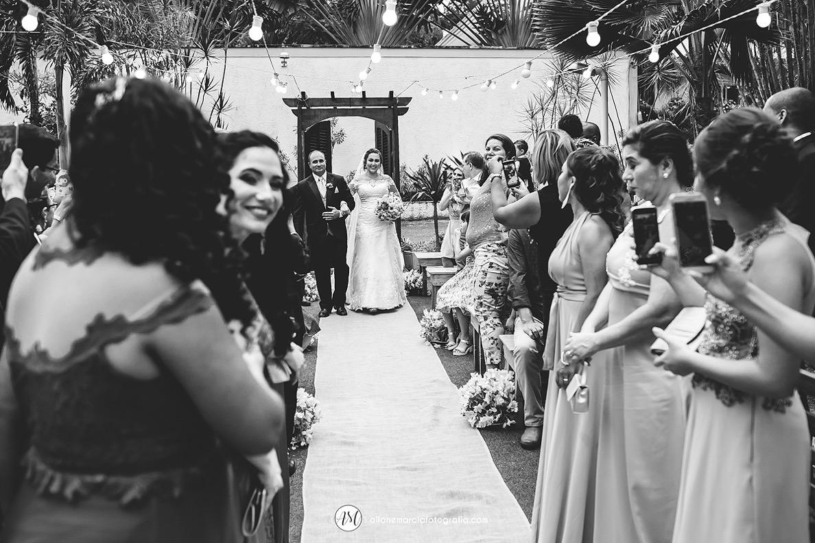 entrada da noiva emociante