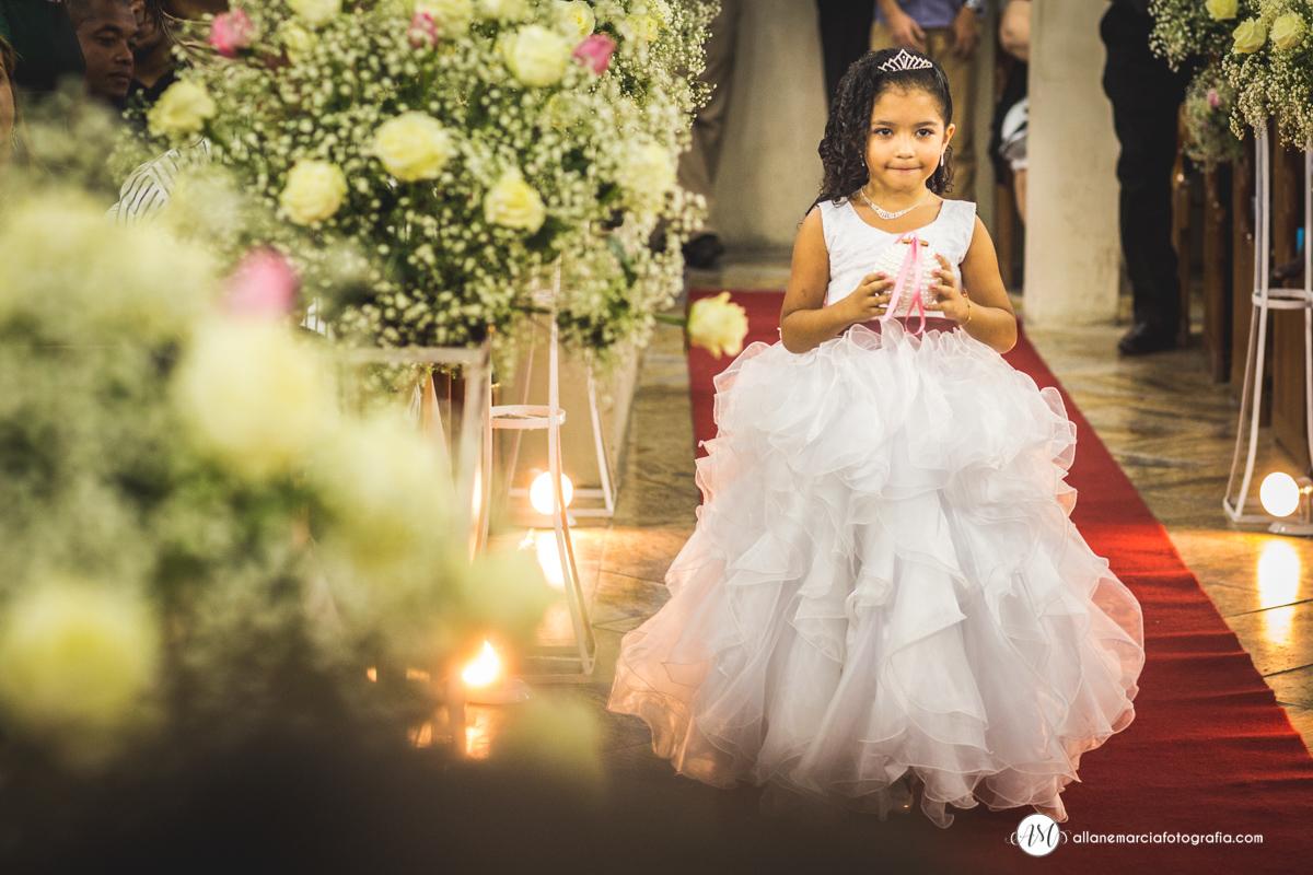 entrada da florista no casamento