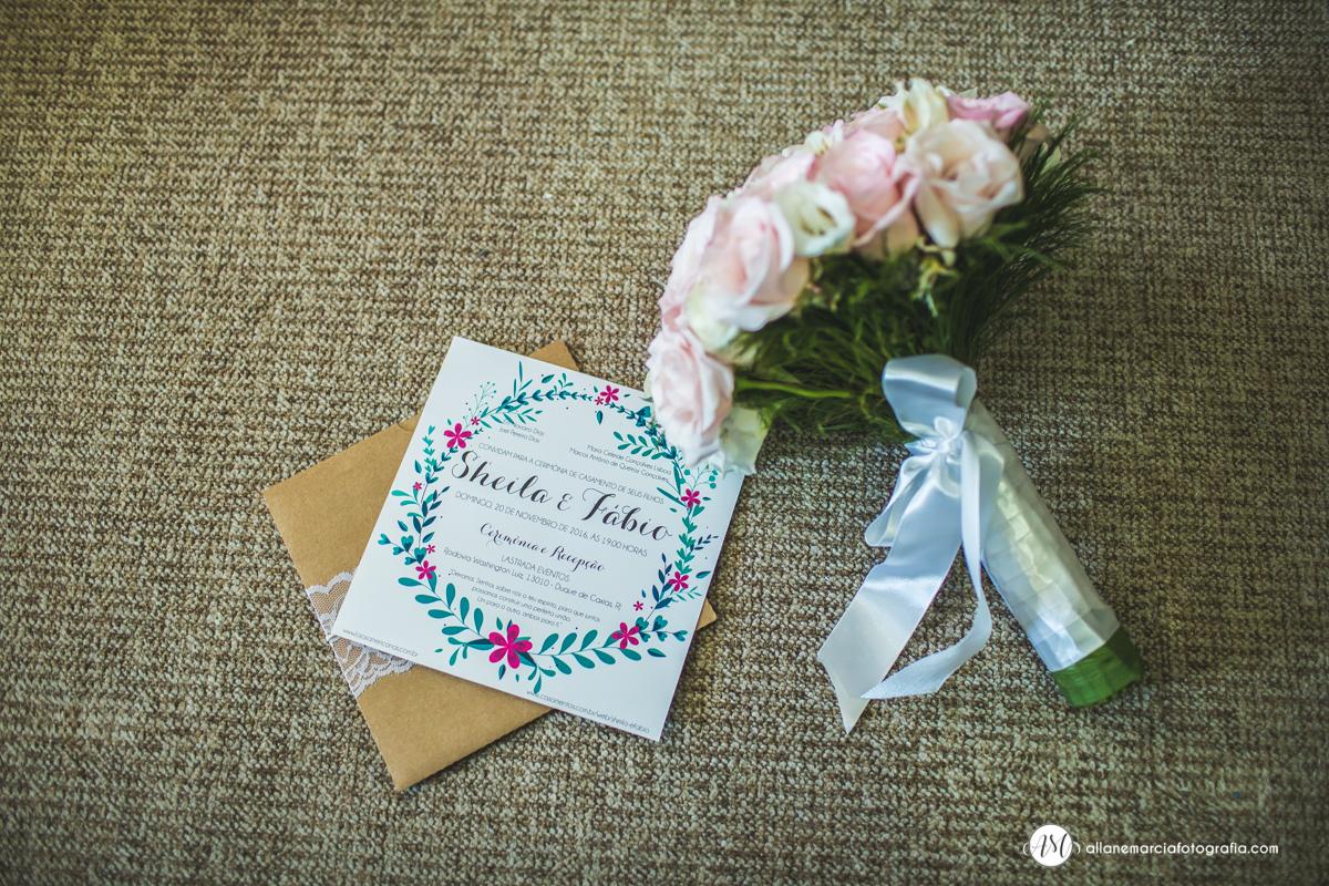 bouquet e convite de casamento