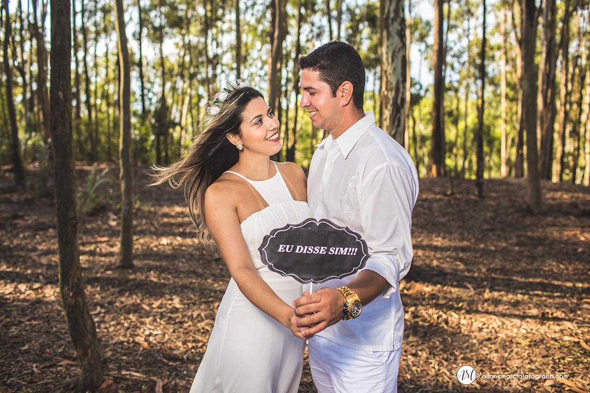 placas em ensaio de noivos