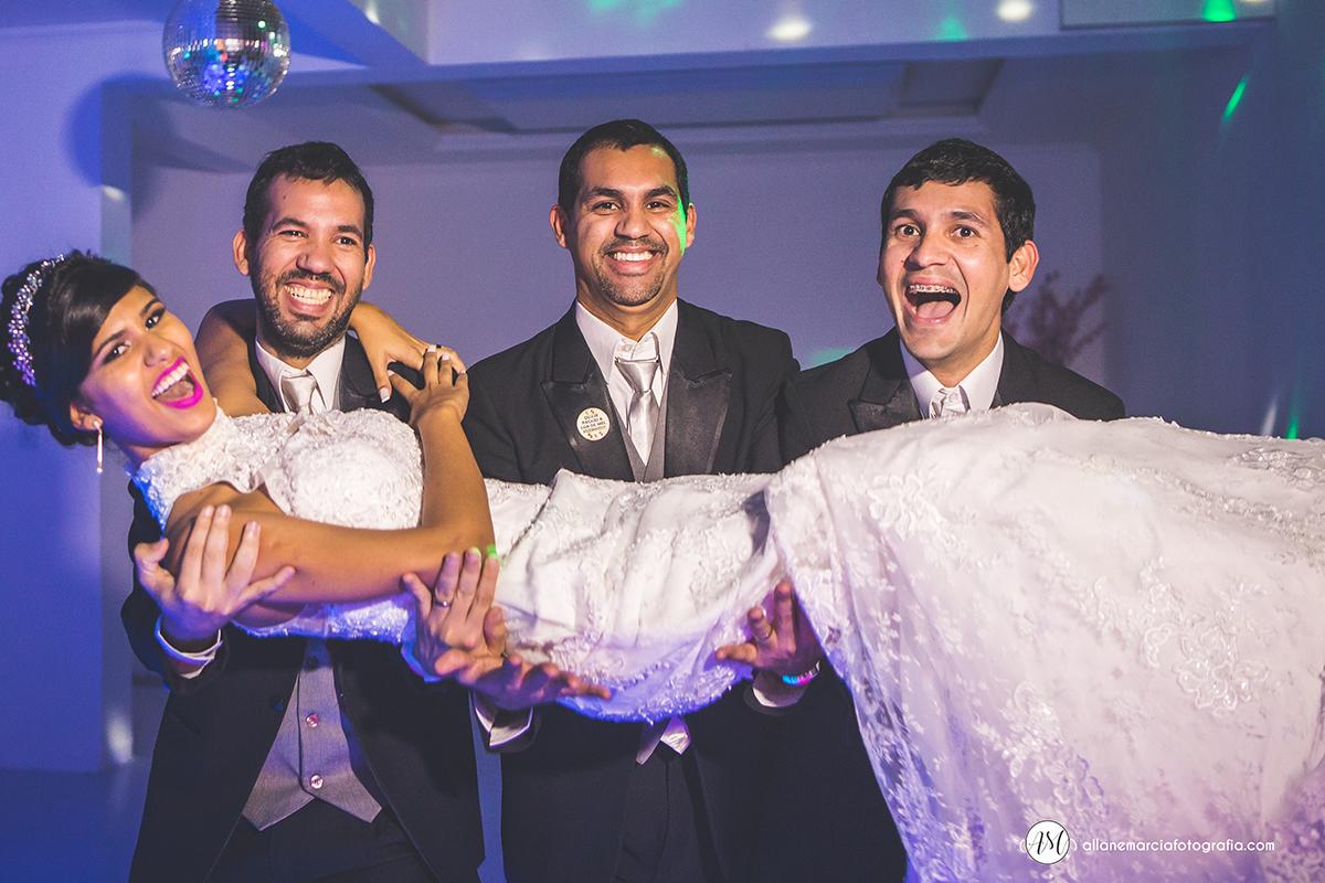noiva com irmãos