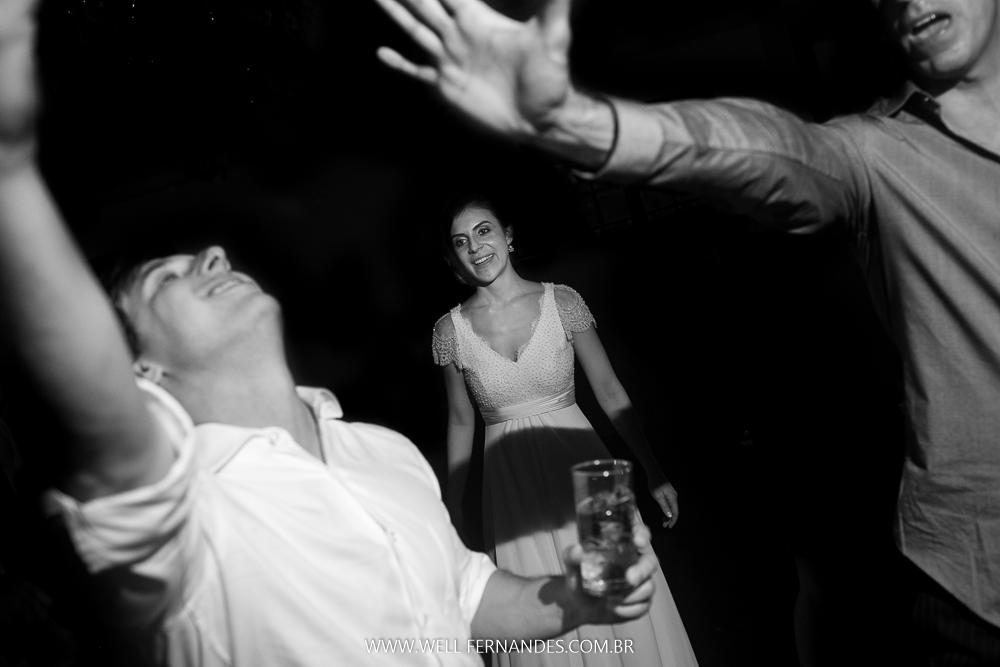 festa e alegria no casamento