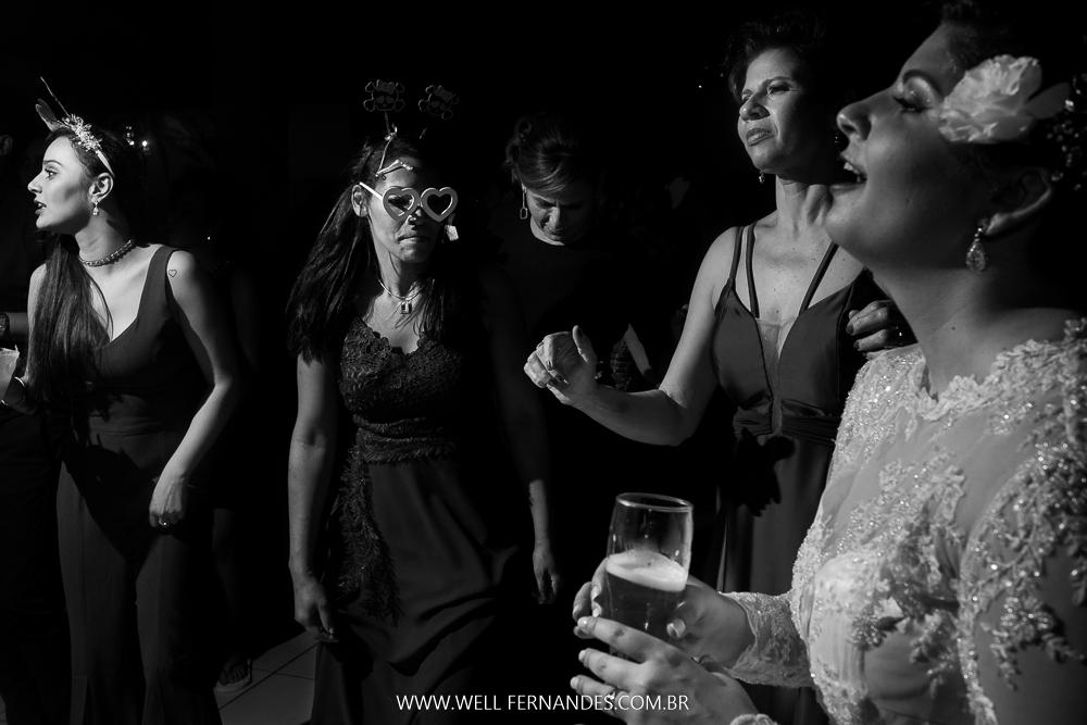 dançando com a noiva