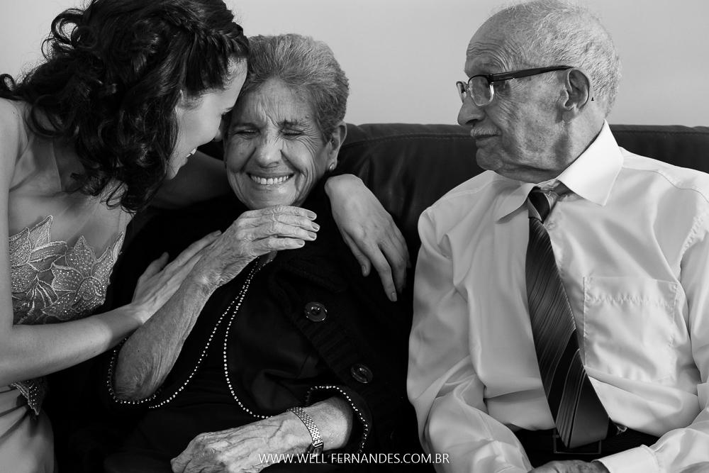 noiva carinho nos avós