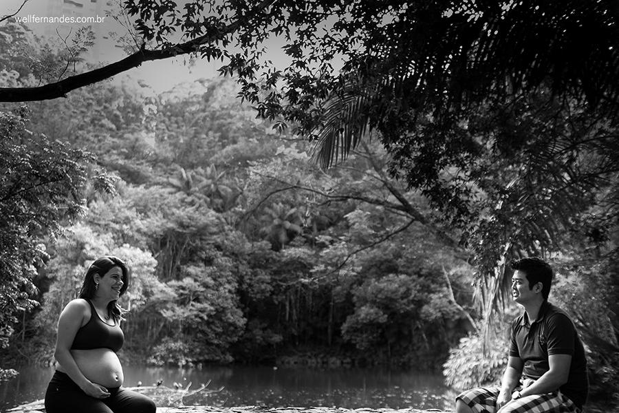 Fotografia de gestante em parque