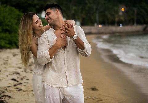 Ensaios de PRÉ WEDDING NA PRAIA - MAYRA + CAUÃ