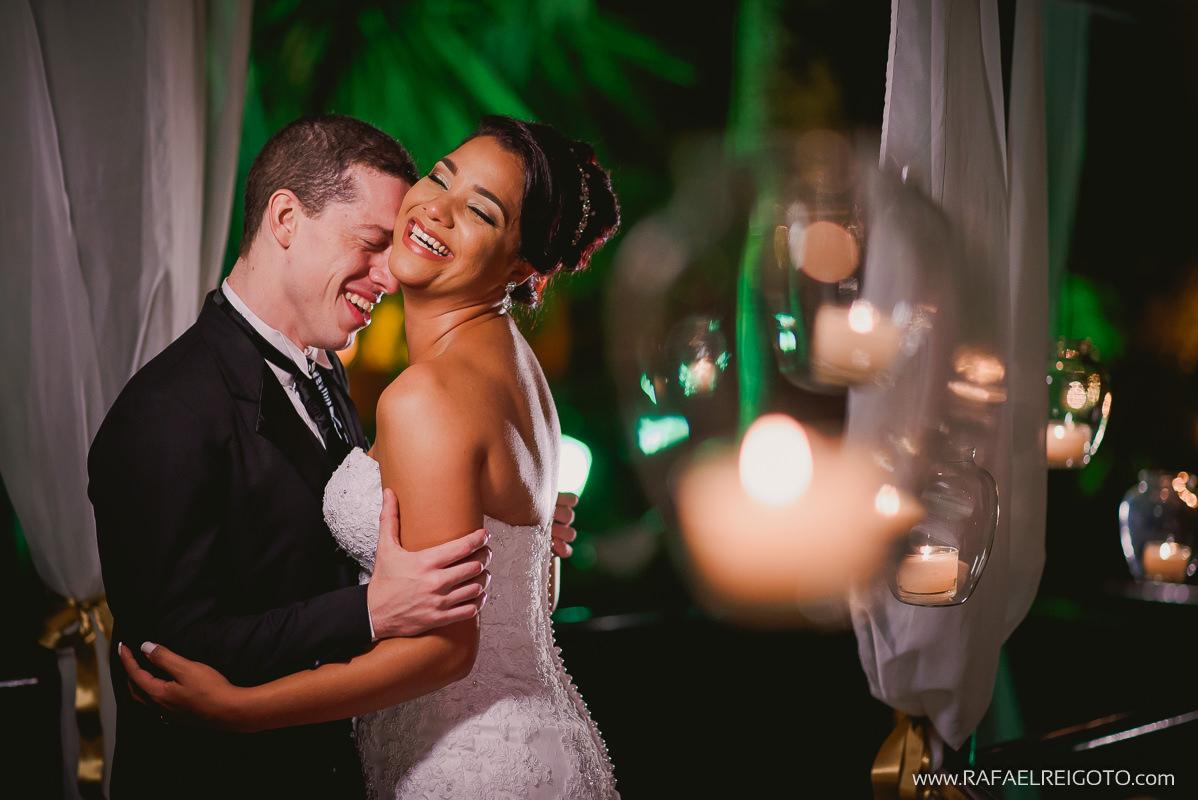 Ensaio do casal Priscila e Vitor depois da cerimônia de casamento na Green House Buffet, Ilha do Governador, Rio de Janeiro/RJ
