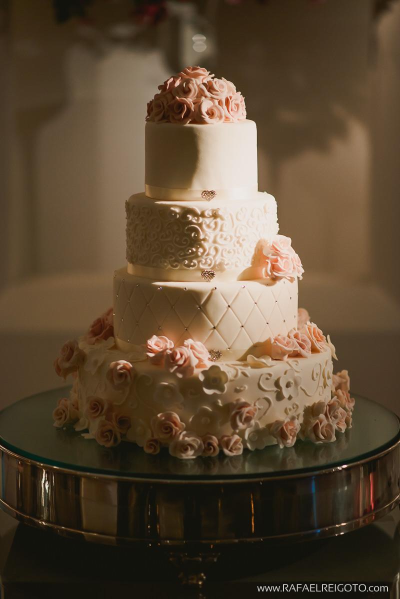 O bolo do casamento de Priscila e Vitor, Green House Buffet, Ilha do Governador, Rio de Janeiro/RJ