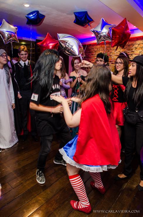 15 anos. debutante, festa a fantasia, mulher de ferro, homem de ferro, festa temática