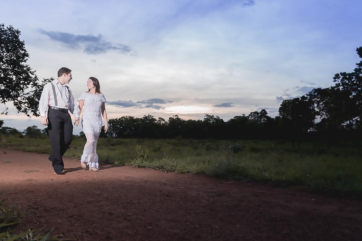 ensaio no campo - Rodrigo Braga fotografia Minaçu Goiás - gabriela e geovany