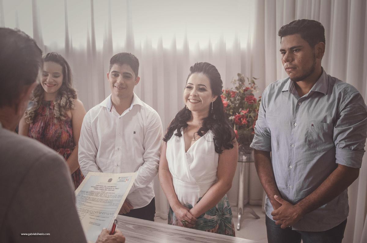 casamento-de-dia-ao-ar-livre-casamento-civil-trash-the-dress-annie-e-evandro-em-vilhena-ro-fotografado-por-gabriel-silvério-@gabrielsilveriofotografia-fine-art-brasil-casamento-tumblr-na-natureza