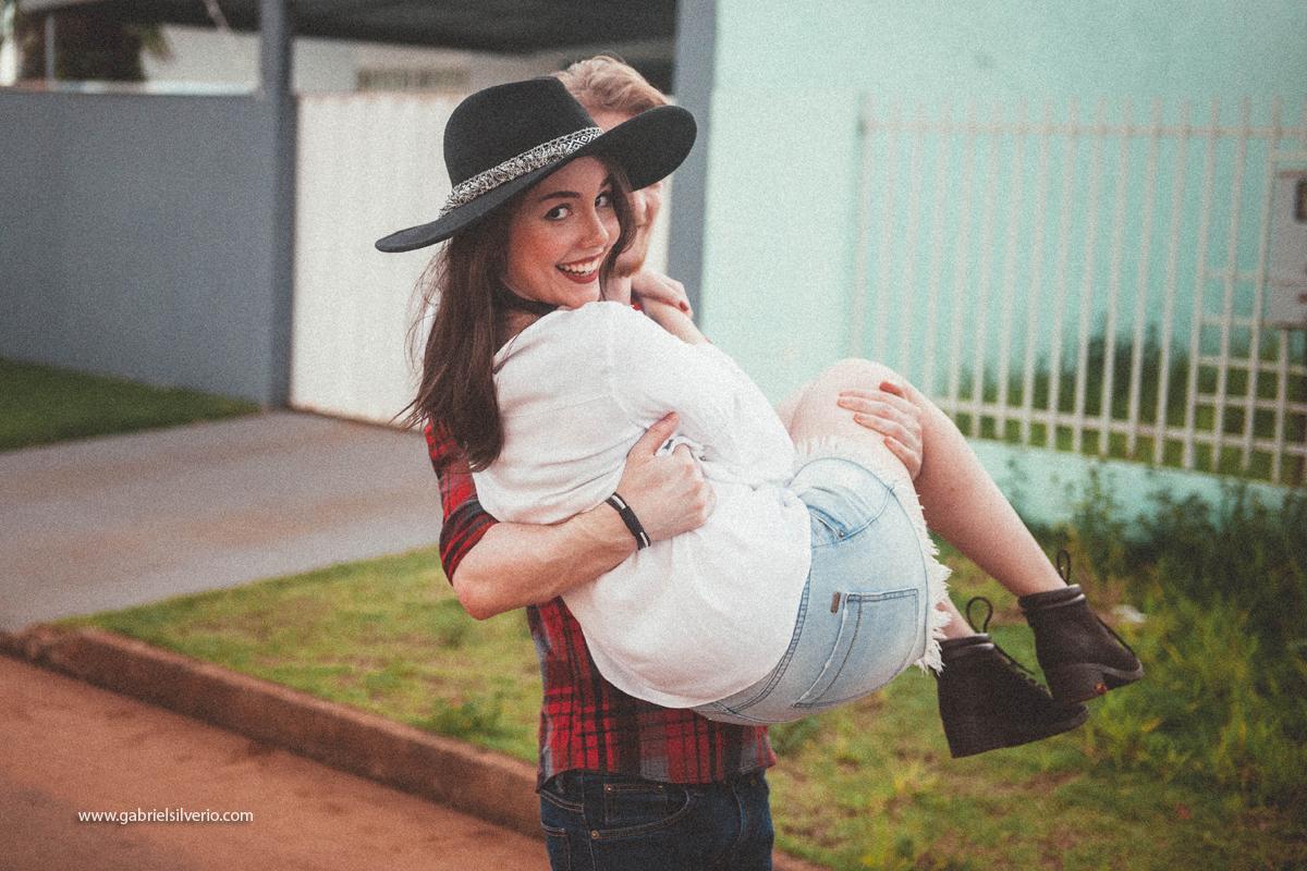 love-session-fotos-de-casal-romantico-casal-tumblr-estilo-hipster-gabriel-silverio-fotografias-gabriele-carrijo-e-bruno-vanzin-vsco-fine-art-brasil-vilhena-ro