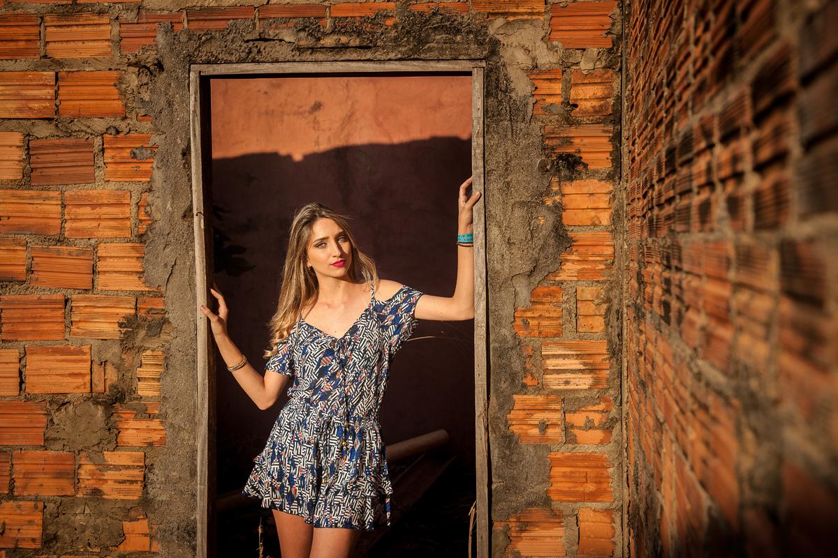 fine art fotos externas book fotografico de familia primas ar livre parede de pedras fotos em casa abandonada velha fotos no campo por do sol