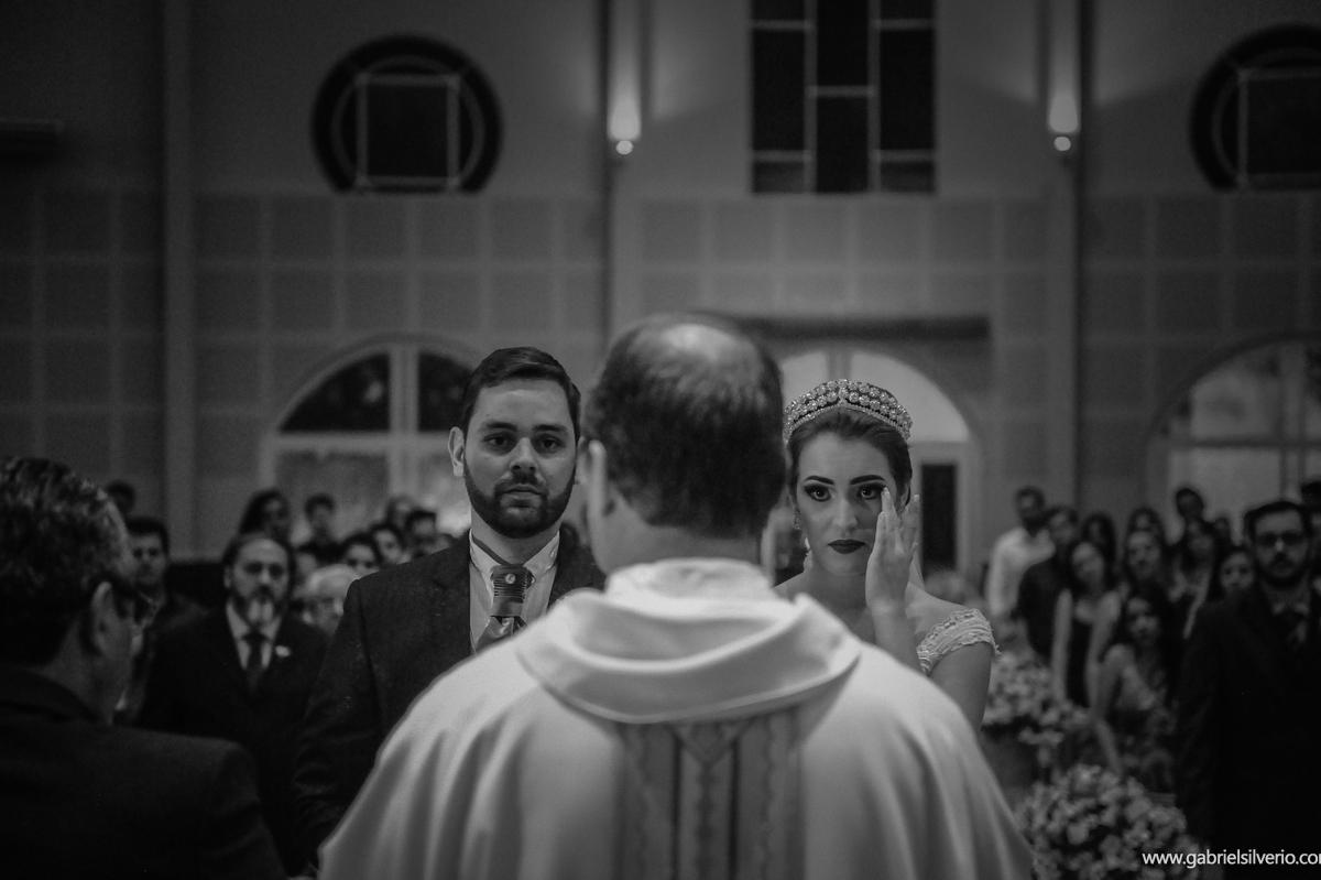 casamento-amanda-e-hurik-em-vilhena-ro-por-gabriel-silverio-fotografias-melhor-fotografo-do-estado-making-off-vestido-de-noiva-maquiagem-festa