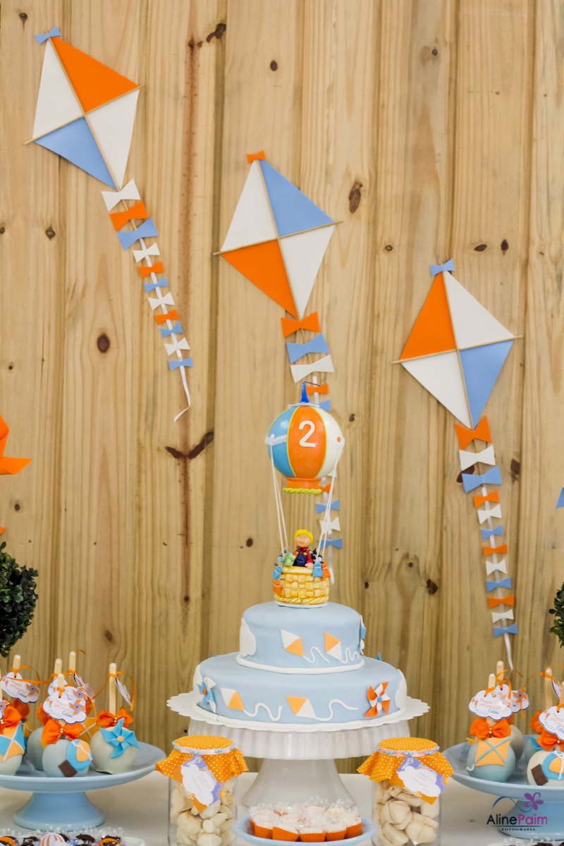 decoração foto balão, decoração festa infantil, festa menino,tema pipa, balão mágico