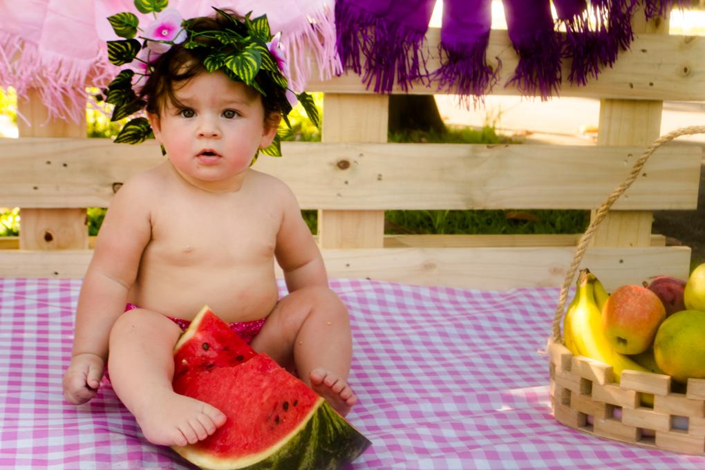 aline paim fotografia, gemeas, smash the fruit,joinville, melancia, olho verde